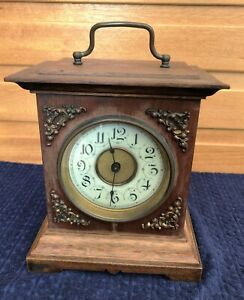 Vintage Wind-up Mantle Clock For Upcycling, Working Order.