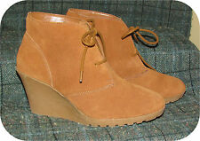 "WHITE MOUNTAIN Lace-Up Platform Wedge Ankle Boots 9.5M Brown Suede 3"" Heel"