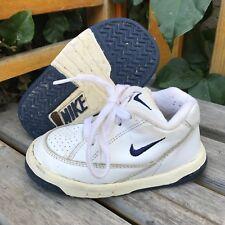 Vintage '99 Nike White Sneakers (Toddler) - Size 6.5CW