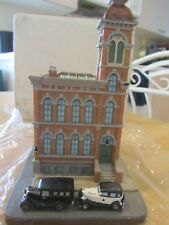 Danbury Mint East Chicago Avenue Police Station Chicago Il Original Box & Packng