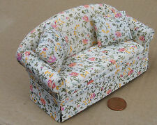 1:12 Scale Upholstered Sofa - Settee Dolls House Furniture Accessory 1478
