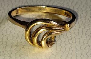 UK Hallmarked 9ct Yellow Gold Fancy Swirl Signet Ring, Sz O/P
