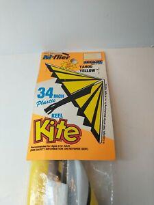 "Vintage 1990 Hi-Flier Yahoo Yellow 34"" Plastic Keel Kite #2503"