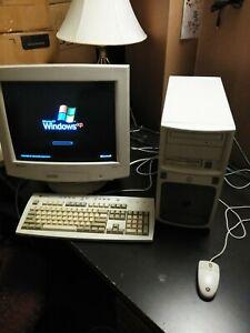 Gateway Pentium 4 Tower 1.5ghz, 40 gig hard drive, 768megs ram