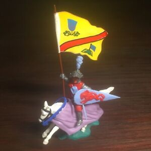 """Timpo Helm/ Knight Of the Middle Ages Mounted - """"Bannerman"""" - Rare - 1970's"""