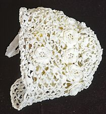 VINTAGE ANTIQUE HANDMADE IRISH CROCHET BABY BONNET UU392