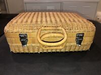 VINTAGE WICKER SUITCASE PICNIC BASKET WITH HANDLES AND METAL CLASPS