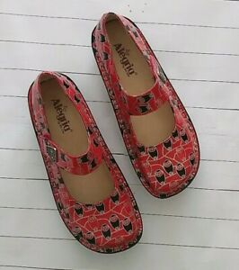 Alegria Paloma Coral Owl Print Mary-Jane style Leather Women's Shoes - Size 40
