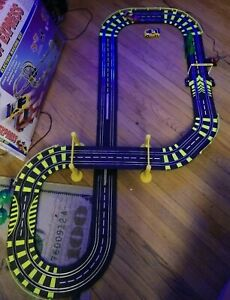 Artin Loop Express Muscle Car Race TRACK Electric Magna Power Traction NO LOOPS