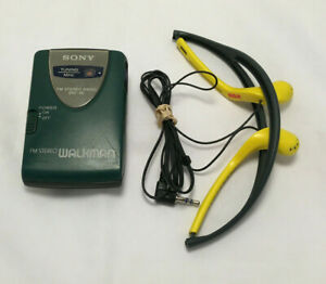 Vintage Green Sony FM Stereo Radio Walkman SRF-46 w/ Yellow RCA Headphone Tested
