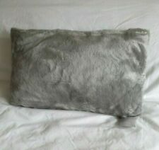 BRISSI LUXURY FAUX FUR CUSHION APPROX SIZE 50 x 30CM PEARL GREY