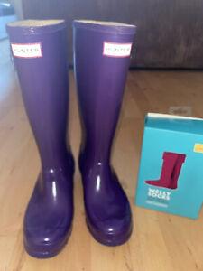 Hunter Women's Original Tall Gloss Wellington Boots With Joules Socks Size 4 UK
