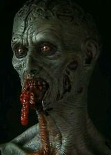 Zombie chewing on guts resin model kit