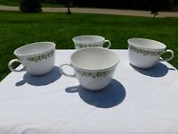 Lot Of 4 Vintage Corelle Spring Blossom Crazy Daisy Green Cups Tea Coffee