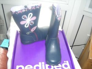 PEDIPED LONG BOOTS EU33 UK 1   great keeps feet dry PRICE £22.00 rip £60.00