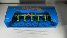 New 1997 ERTL Farm Country Cultivator #2005 Green 1/16 Scale Die Cast Metal