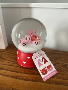 Valentines Day Pink Truck Musical Waterglobe Cupcakes & Hearts NEW