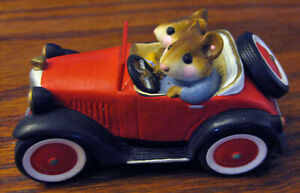 WEE FOREST FOLK 1985 WILLIAM PETERSON Signed Red SUNDAY DRIVER Mini Car M-132