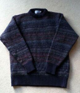 Mens Shetland wool round neck sweater, size M