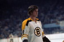 GLOSSY PHOTO PICTURE 8x10 Bobby Orr Boston Bruins