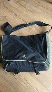 Crumpler Messenger Bag - Very Busy Man laptop bag