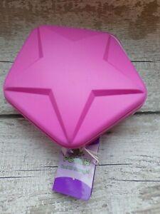 CD storage pouch. Pink. ELC. BNWT. Holds 20 cds. Star / Pentagram Design