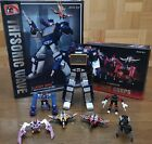 THF01J Sonic Wave Transformers Masterpiece Soundwave + 6 Tape Action Figure Gift