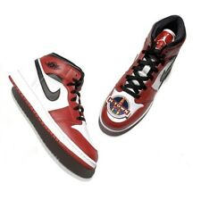 Air Jordan 1 Mid Chicago Red White 554275-173 Youth size 7Y