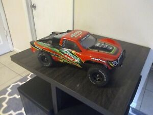RTR Traxxas Slash Mike Jenkins Edition with extras