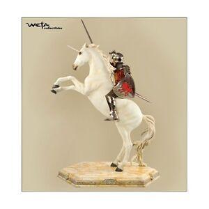 Weta: NARNIA: PETER ON UNICORN statue - RARE (sideshow/lotr)
