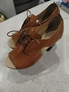 Rag & Bone SZ 37  Womens Tan leather Open Toe Sandals Heels Shoes SZ 7
