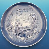 2007 Bing & Grondahl B&G Children's Day Plate in Box LITTLE MOTHER  #12062