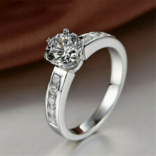 18K White Gold Plated Solitaire Engagement Ring Round Cut CZ White Topaz Size M