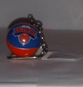 Vintage NBA NEW YORK KNICKS BASKETBALL Lil Sports Brat Keychain W/ Tag - NEW
