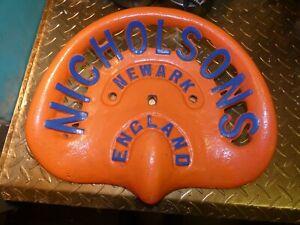 VINTAGE  NICHOLSON  TRACTOR  IMPLEMENT  FARM  CAST  IRON  SEAT GENUINE  ORIGINAL