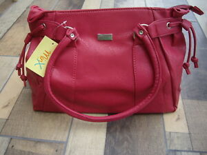 Minx Deep Pink Textured Faux Leather Twin Handled Zipped Hand Bag
