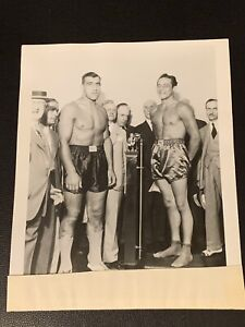 Amazing Max Baer And Primo Carnera Vintage Boxing Photo Weigh In Nice And Mint