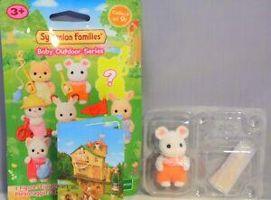 Sylvanian Families 5398 Serie 3 Outdoor Marshmallow Baby mit Marshmallow NEU