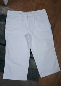 Dorothy perkins 12 Ladies White Cropped cotton Shorts