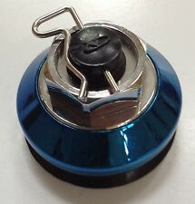 EMR-2 WHEEL BLUE CHROME CENTER CAP