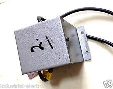 VINTAGE DC, Tibbles Transformateur, Hitchin entrée 230 V sortie 24 V 1.2 A