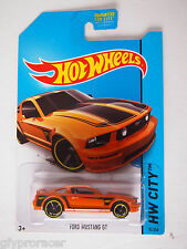 HOT WHEELS 2014 ISSUE  FORD MUSTANG GT HW CITY 92/250