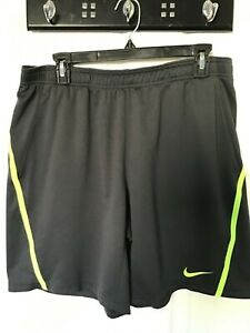NIKE TENNIS SIZE LARGE MEN'S GRAY KNIT NEON GREEN STRIPED SHORTS GUC SEE PICS!