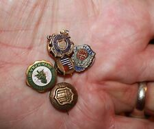 Large collection of WWII veterans & pins, home front Naval buttons military