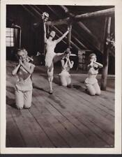 Jane Powell Julie Newmar Seven Brides for Seven Brothers 1954 movie photo 32154