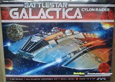 Moebius Models Battlestar Galactica Cylon Raider  1.32