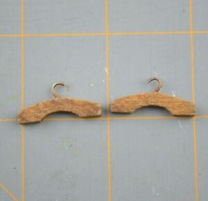 Miniature Wood Clothing Hangers Metal Hook For Closet Rod Hanging Doll House