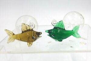 Aquarium decorations ~ 2 Floating Fish ~ Multiple Colors Available!