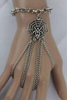 Women Silver Metal Hand Chain Bracelet Spider Web Slave 3 Finger Rings Halloween