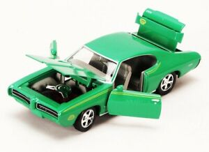 1969 Pontiac GTO Judge Green Motormax 73242 1/24 Scale Diecast Model Toy Car